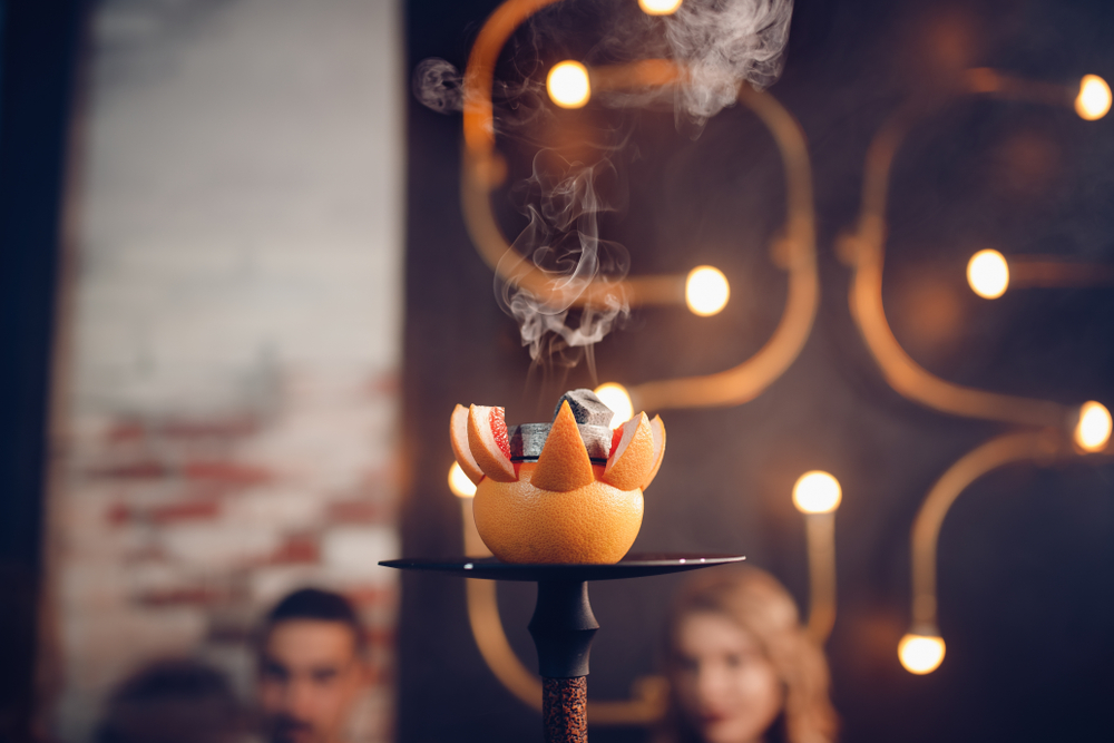 Power Coal Kohle in Shisha-Cafés genießen.